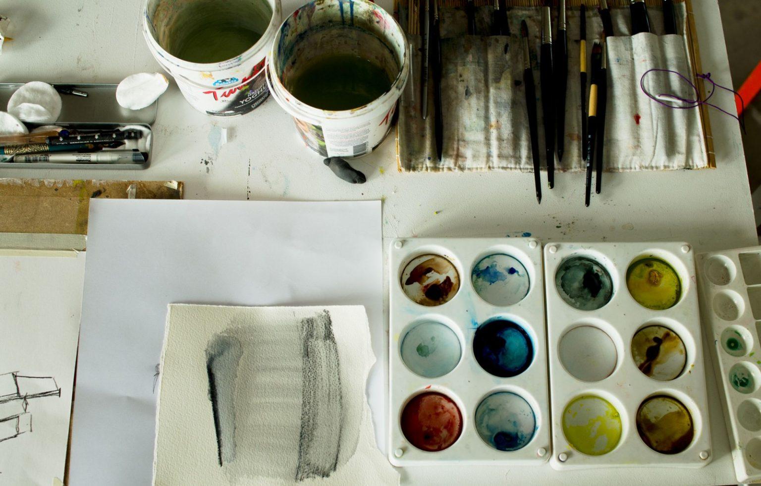 Collage - teckning - målning
